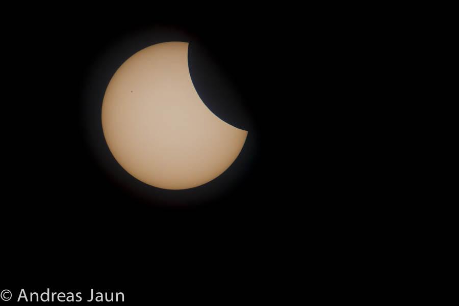 Parzielle Sonnenfinsternis 2015-1.jpg