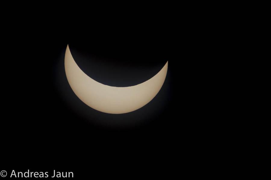 Parzielle Sonnenfinsternis 2015-2.jpg